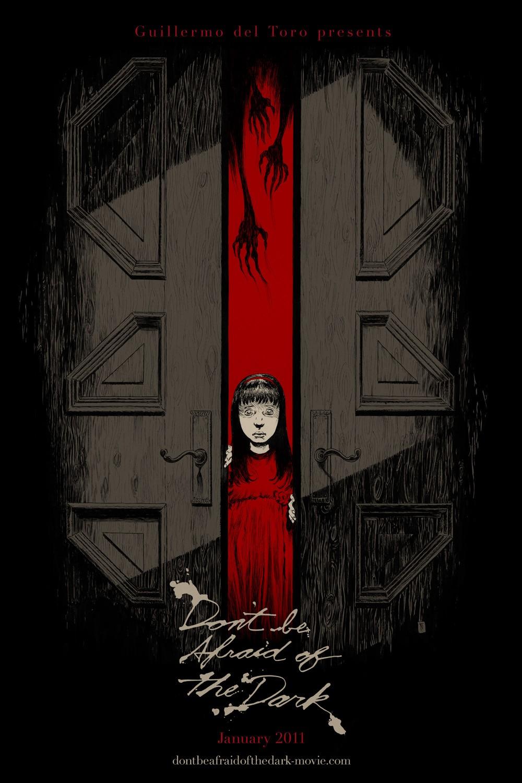 постер Не бойся темноты,Don't Be Afraid of the Dark